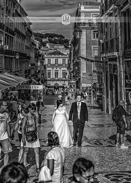 Fotografía de boda en el el Barrio del Chiado de Lisboa
