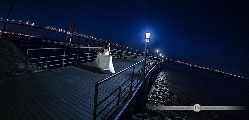 Foto de boda nocturna en el Parque das Nações