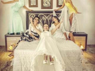 Fotos divertidas con amigas de la novia