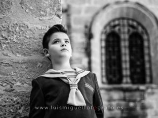 Foto de comunión en Úbeda con traje de marinero