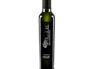 Fotografía de producto para la marca de aceite de oliva Andrés Aguilar de producto para la marca Olivar de plata
