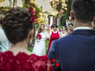 Boda en los jardines de la Villa en Linares