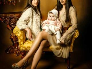 foto de estudio de tres hermanas
