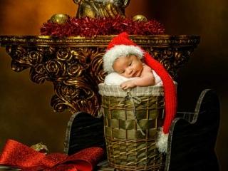 newborn de bebe recien nacido en navidad